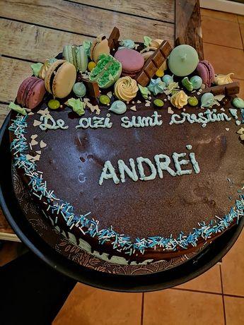 Creează propriul tău tort!