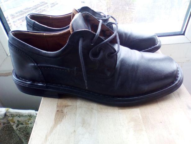 Pantofi din piele