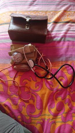 Tensiometru cu manometru și manșetă + stetoscop Vintage