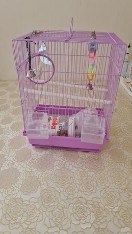 Продам клетку для попугаев.