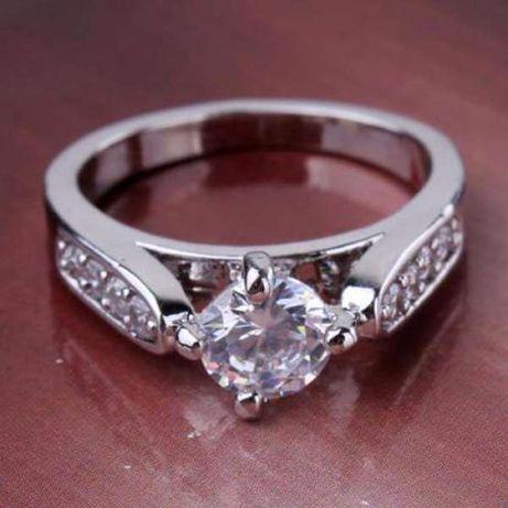 Пръстен Бяло Злато 18k white gold filled white sapphire Ring