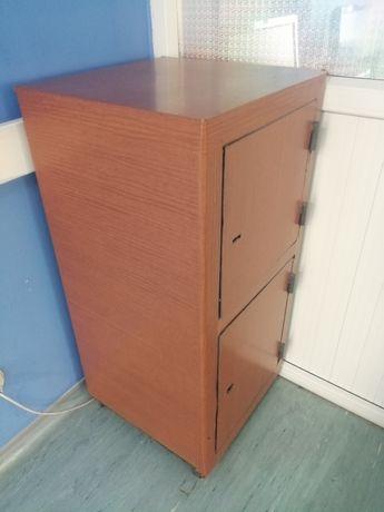 Продам Железный сейф без ключа
