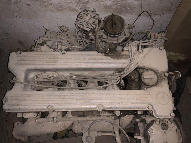 Motor Mercedes cobra S 6 cilindri benzina cu accesorii
