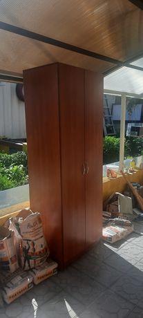 Продам шкаф плательный бу, размер 60 × 200, глубина 75, цвет вишня