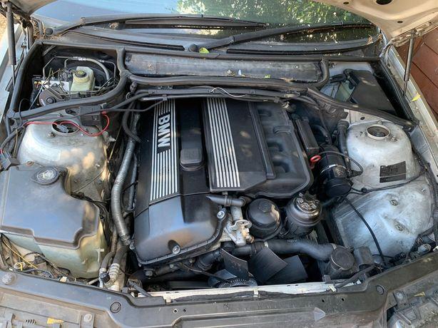 Dezmembrez BMW E46 Cabrio 2.2 l