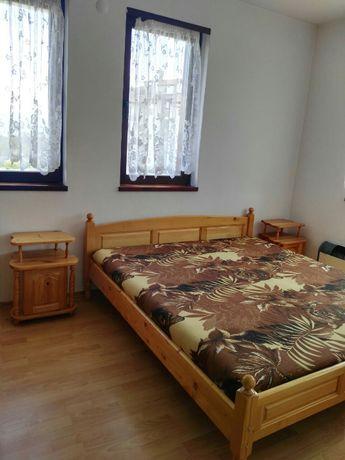 Спалня масив-с матрак нови