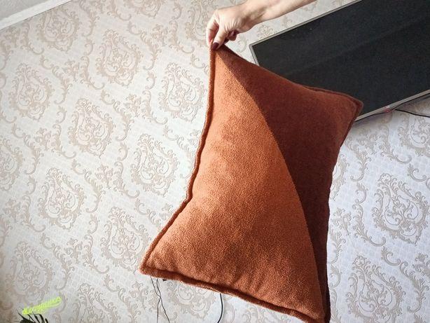 Продаются подушки для дивана можно и для мебели