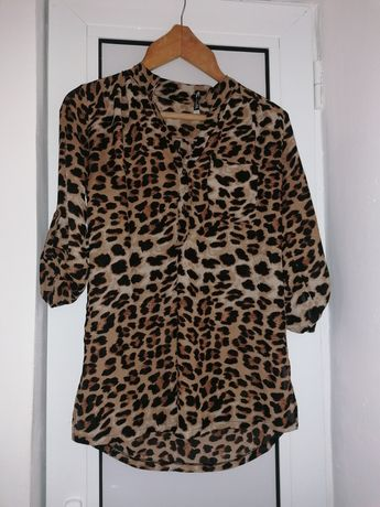 Дамски ризи различни модели