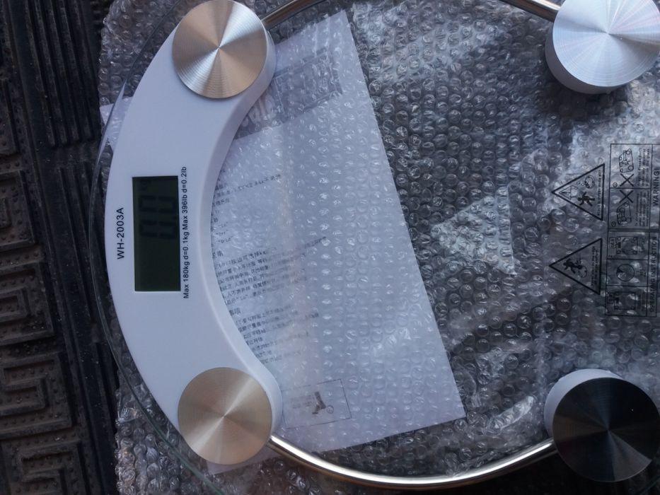 весы напольные электронные новые в упаковке до 180кг Алматы - изображение 1