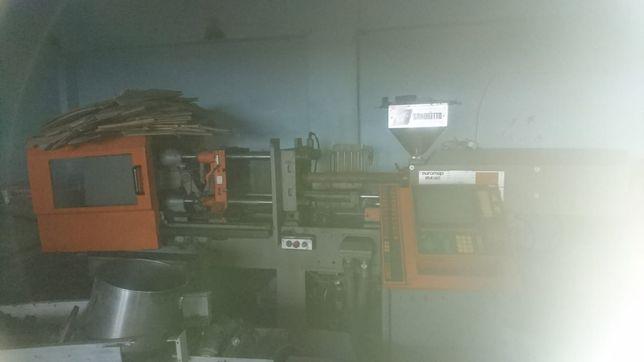 Dezmembrez masina de injectat mase plastice Sandreto