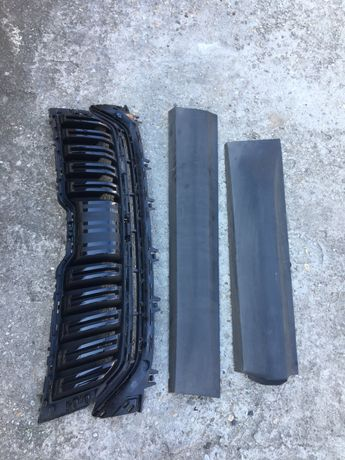 Grilă radiator,bandouri uși drt skoda kodiaq.565854940.565853653.b.