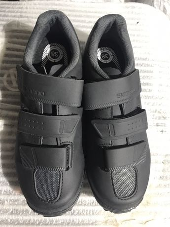 Pantofi -Incaltaminte pentru bicicleta Shimano marimea 38-noi