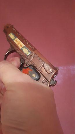 Раритетная Зажигалка СССР времен. В виде пистолета.