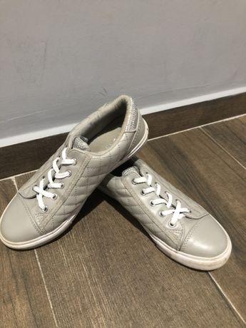 Adidasi guess originali cu swarovski