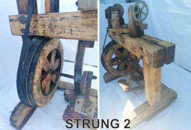 Strung vechi din lemn - ideal pentru lucru sau decoratiuni rustice