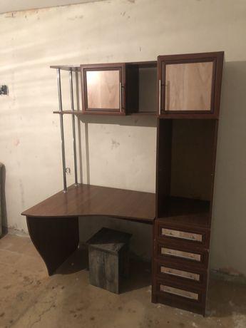 Продам писменный компьютерный стол