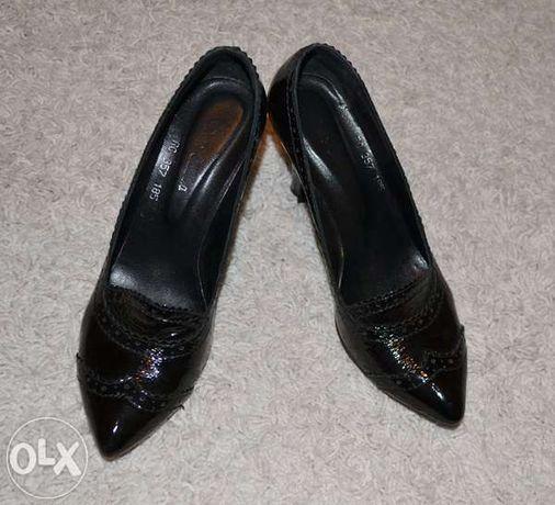 Pantofi dama, lac, marimea 37