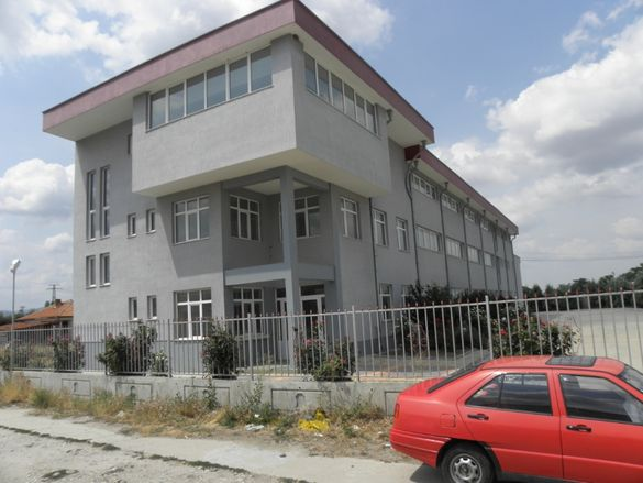 Продавам производствена сграда, фабрика, бизнес сграда в гр.Асеновград