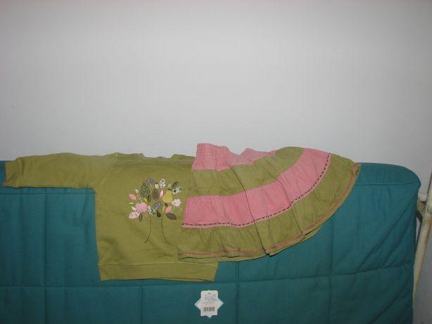Vând set bluză cu fustă fetiță