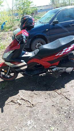 Продам скутер 150 кубов или обмен на 5 баранов малодняк