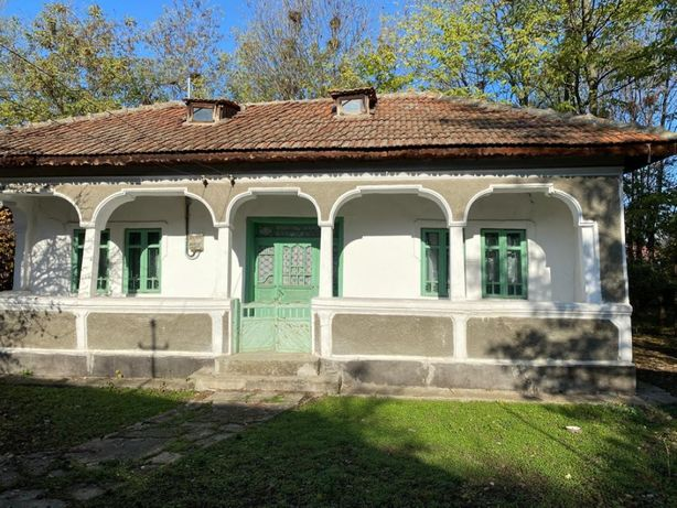 Casa de vanzare -Branistea Dambovita-6.279 mp teren