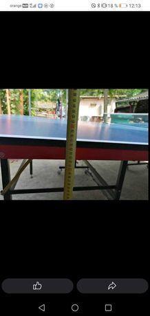 Vând masă de tenis