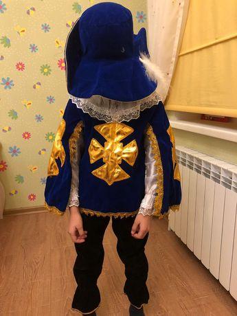Новогодний костюм для мальчика 7-8лет
