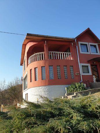 Vând casa Almasul Sec