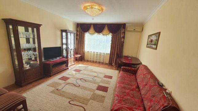 Продается трехкомнатная квартира в новостройке на Шахтеров 31б