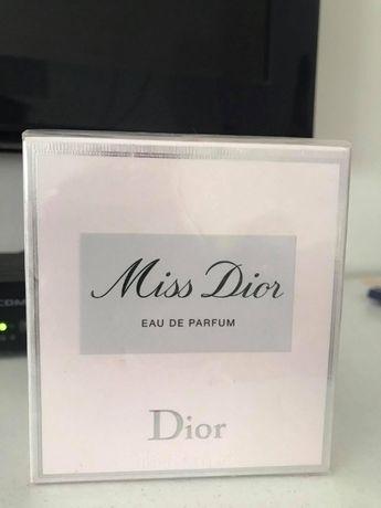 оригинални дамски парфюми