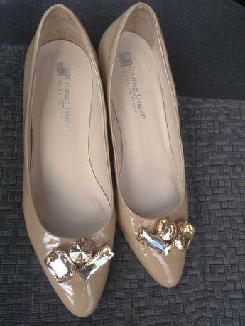 Обувь женская туфли