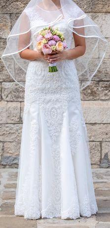 Страхотна сватбена рокля