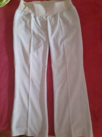 Pantaloni de vară nepurtati ii vand ca nu i-am îmbrăcat niciodată.