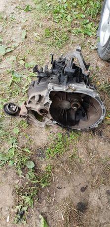 Cutie de viteze manuala 5 trepte de Ford focus 2 motor 1,6 Tdci
