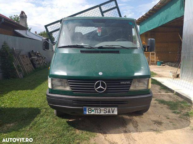 Mercedes-Benz 412D