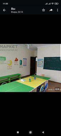 Продам столы для детского сада, центра, кушетку, манеж, ковролан