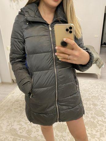Продам куртку демисизонную Massimo Dutti