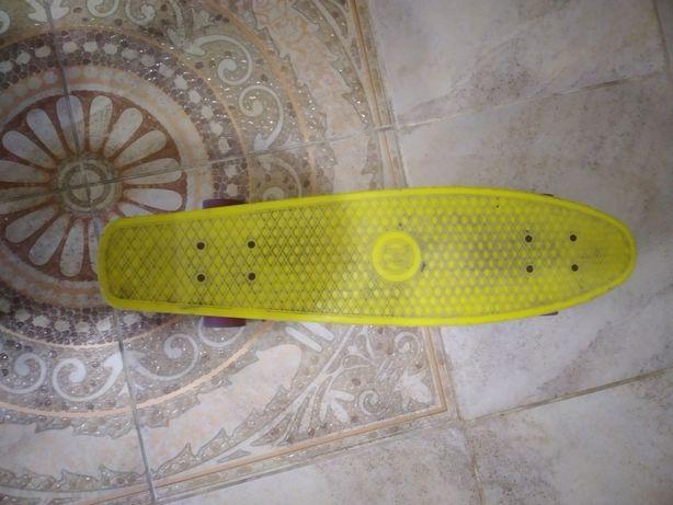Скейт пейнеборт жёлтый