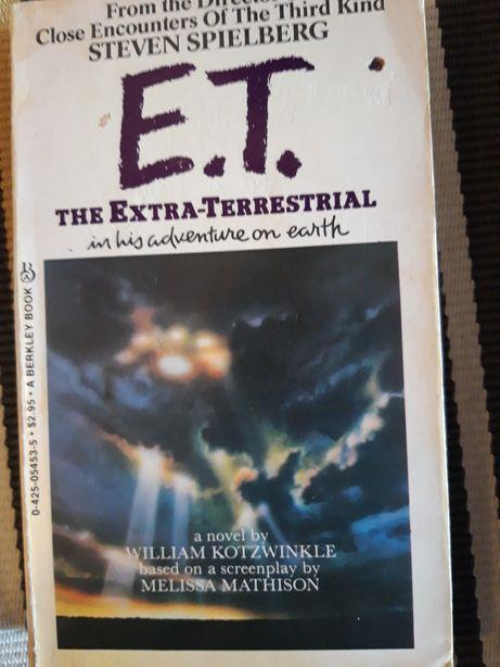 Carte E.T. in his adventure on earth