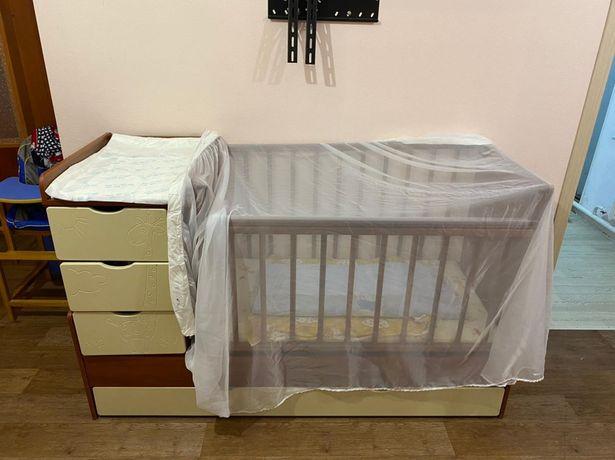 Продам детскую кровать 3в1