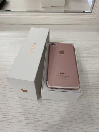 Продается iPhone 7, 32 GB, Цвет: Rose Gold.