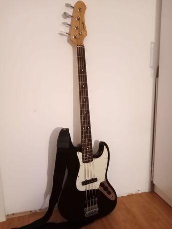 Vand chitara bass Stagg si amplificator Harley Benton