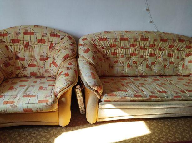 Продам диван (хороший)