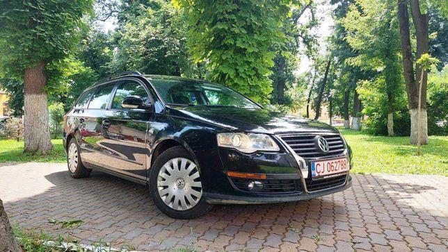 Volkswagen PASSAT BLUEMOTION//EURO 5//AN 2010//NR ROSII// 105 Cp /NAVI