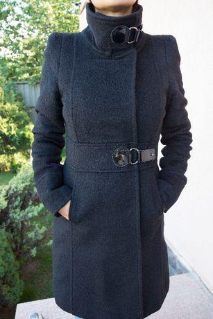 Продам пальто MANGO