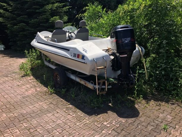 Barca rapida 5m cu motor mercury 220CP