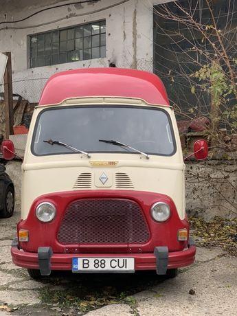 Food truck vintage. Renault Estafette