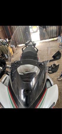 Ducati Multistrada слюда