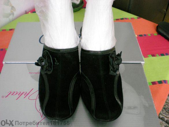 Дамски черни чехли от велур и естествена кожа №35