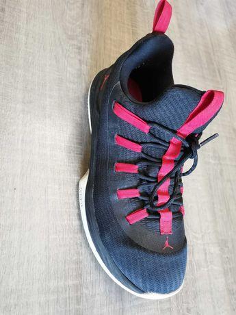Vând Nike Jordan Ultra Fly 2